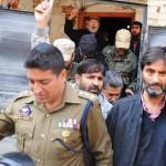 قابض بھارتی فوج نے یاسین ملک سمیت 6 حریت پسند کشمیری رہنمائوں کو گرفتار کر لیا