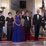 امریکی صدر باراک اوباما اور جاپانی وزیر اعظم شنزو آبے کا وائٹ  ہائوس میں گروپ فوٹو