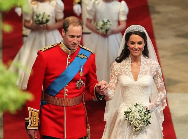 برطانوی شہزادہ ولیم اور شہزادی کیٹ مڈلٹن نے اپنی شادی کی پانچویں سال