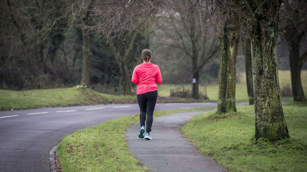 روزانہ ایک گھنٹے کی چہل قدمی جان لیوا بیماریوں سے بچا سکتی ہے