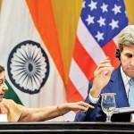 امریکی سیکریٹری خارجہ جان کیری  اور بھارتی وزیر خارجہ سشما سوراج