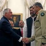 پاکستان کے وزیر اعظم شاہد خاقان عباسی ، چیف آرمی جنرل قمر جاوید باجوہ اور امریکی وزیر خارجہ ریکس ٹلرسن