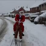سانتا کلاز نے برف میں اسکینگ کرتے ہوئے انوکھے ایڈونچر کا آغاز کر دیاہے