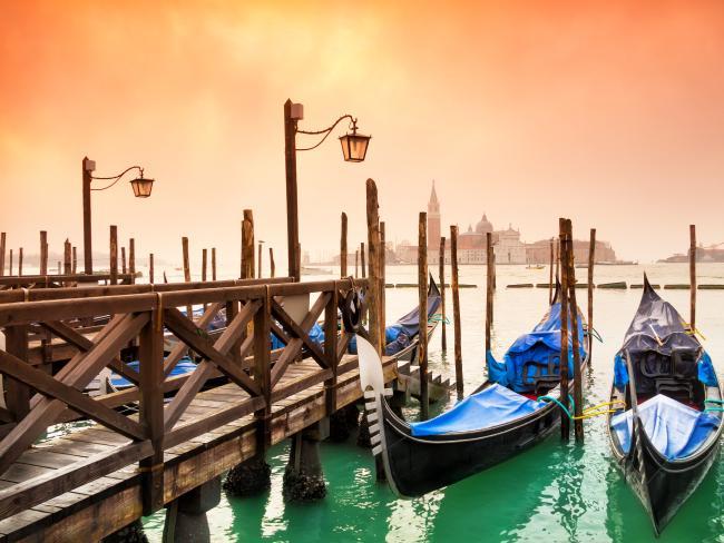 پانی پر بسا اٹلی کا شہر وینس اور فن تعمیر کا شاہکار