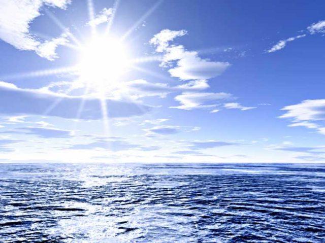 رپورٹ کے مطابق جب جب زمین پر گرمی بڑھتی ہے اس کا 90 فیصد حصہ سمندروں میں جذب ہو جاتا ہے