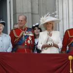 شہزادہ چارلس ملکہ ایلزبتھ کی موت کی صورت میں اپنی دوسری بیوی کمیلا پارکر کو برطانیہ کی ملکہ بنانے کے لیے سرگرم