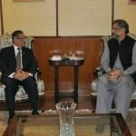 وزیر اعظم شاہد خاقان عباسی اور چیف جسٹس میاں ثاقب نثار