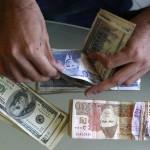 ڈالر کی قیمت 130 روپے سے بھی تجاوز کرے گی ' ماہرینِ معاشیات