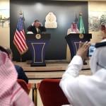 امریکی وزیر خارجہ مائیک پومپیو اور سعودی وزیر خارجہ عادل الجبیر مشترکہ پریس کانفرس کرتے ہوئے