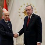ترکی کے صدر رجب طیب اردگان اور نیشنل موومنٹ پارٹی کے رہنما دولت باھچے لی