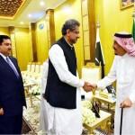 نواز شریف کے لیے سعودی حمایت حاصل کرنے میں وزیر اعظم شاہد خاقان عباسی ناکام