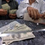 ڈالر مارکیٹ میں 129 روپے میں فروخت ہو رہا ہے