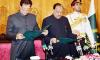عمران خان نے وزیر اعظم کا حلف اٹھا لیا