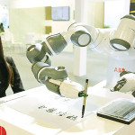 روبوٹس یا مشینیں اگلے 4 برسوں میں بہت سی تبدیلیاں لائیں گی