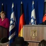 جرمنی چانسلر انجیلا مرکل اور اسرائیل کے وزیر اعظم نیتن یاہو مشترکہ پریس کانفرنس کرتے ہوئے