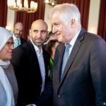 جرمنی کے وزیر داخلہ ہورسٹ سیہفر نے جرمن اسلام کانفرنس کا افتتاح کیا