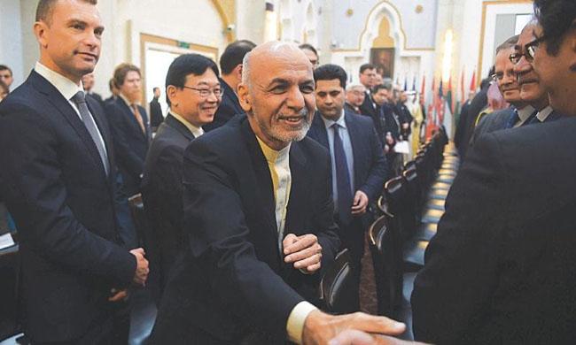 فہرست میں افغان صدر اشرف غنی،  چیف آف اسٹاف عبد السلام رحیمی اور انتخابات میں ہارنے والے رہنما امراللہ صالح سمیت افغان انٹیلی جنس کے سابق سربراہ بھی شامل ہیں۔