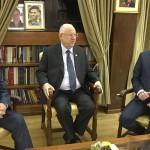 اسرائیل کے وزیر اعظم بنیامین نیتن یاہو اور ان کے سیاسی حریف بینی گانتز اور اسرائیلی صدر ریووین ریولین