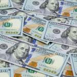 امریکی ڈالر کے حالیہ استحکام نے ماہرین اقتصادیات اور مارکیٹ کے شرکا کے درمیان دو بالکل مختلف ردعمل کو جنم دیا ہے