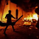 مشتعل افراد نے جنوبی شہر نجف میں ایرانی قونصلیٹ کو آگ لگا دی