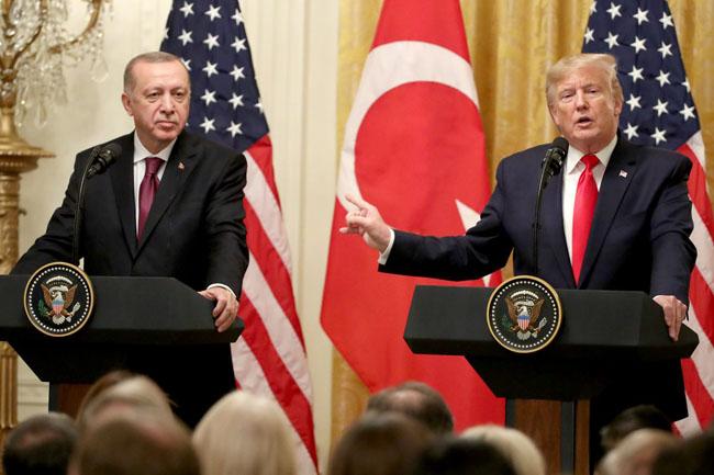 ملاقات کے بعد دونوں رہنمائوں نے مشترکہ پریس کانفرنس بھی کی