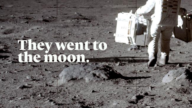 پہلی دفعہ 1947 میں بل کیسنگ کی کتاب وی نیور ونٹ ٹو دی مون یا انسان کبھی چاند پر نہیں گیا