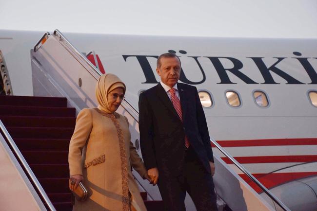 ترک صدر رجب طیب اردگان 2 روزہ دورے پر پاکستان پہنچ گے