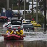 شمالی علاقوں میں طوفانی  ہوائوں کے ساتھ بارش سے ساحلی علاقے زیر آب آ گئے ہیں