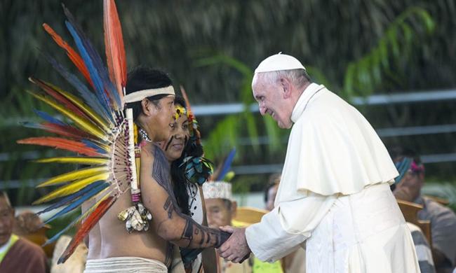 پوپ فرانسس نے شادی شدہ مرد حضرات کو پادری بنانے کی تجویز مسترد کر دی
